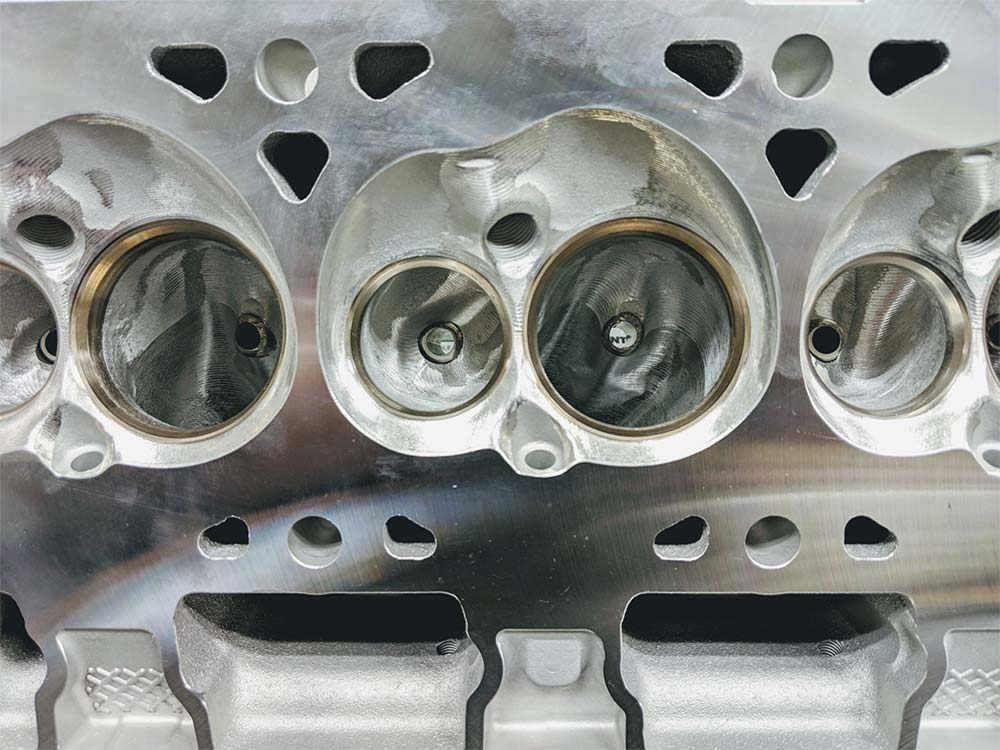 GPI - Ported OEM LT1 / LT4 / L86 (Gen V) Cylinder Head Package